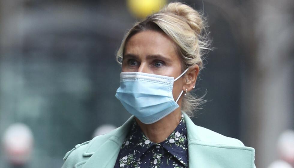 BITTER SKILLSMISSE: Tatjana Akhmedova på vei inn i retten i London. (Yui Mok/PA via AP)