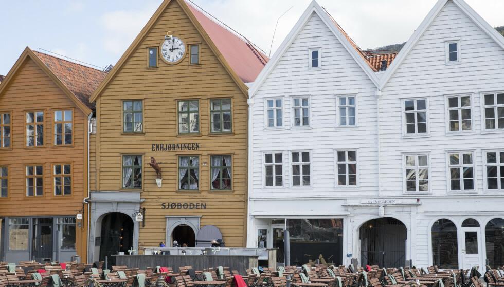 - TULLETE: Morten Hansen i Sjøboden fortivler over å måtte kaste store mengder mat, som følge av spiseplikten. Den beskriver han som «tullete». Foto: Foto: Terje Pedersen / NTB