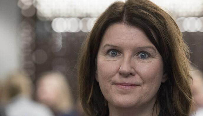 SVIKTER: Akademikernes leder Kari Sollien mener regjeringen svikter hjemmekontorister. Foto: Ole Berg-Rusten/ NTB