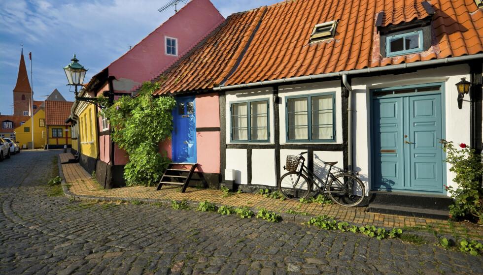 DEILIGT: Drømmen om feriehus i Danmark lever, men antall bestillinger øker og gjør nåløyet trangere. FOTO: Shutterstock / NTB