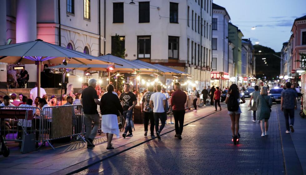 BLANDET MOTTAKELSE: Foreløpig styringsdato for utelivsbransjen i Oslo er nå antydet til 20. mai. Det skaper ulike reaksjoner. Foto: Vidar Ruud / NTB