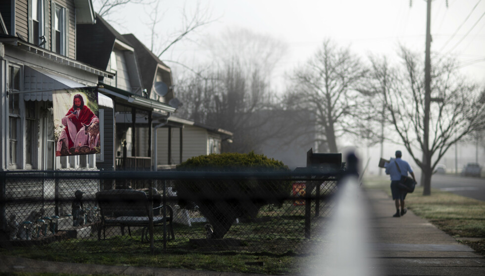 JESUS: Et boligområde i West Virginia. Staten har flest opioidavhengige i USA. Foto: David Goldman / AP /NTB