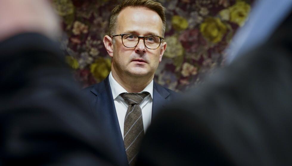 - KRVENDE: Riksmekler Mats Wilhelm Ruland kalte meklingen i lønnsoppgjøret for stat og kommune «krevende». Foto: Terje Pedersen / NTB