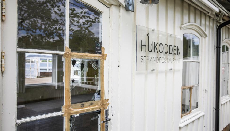 ØDELAGT: Hukodden står på Byantikvarens gule liste over verneverdige bygg. På 1950-tallet ble bygget omgjort til strandrestaurant og har fungert som dette - fram til 2019. Foto: Jørn H. Moen / Dagbladet