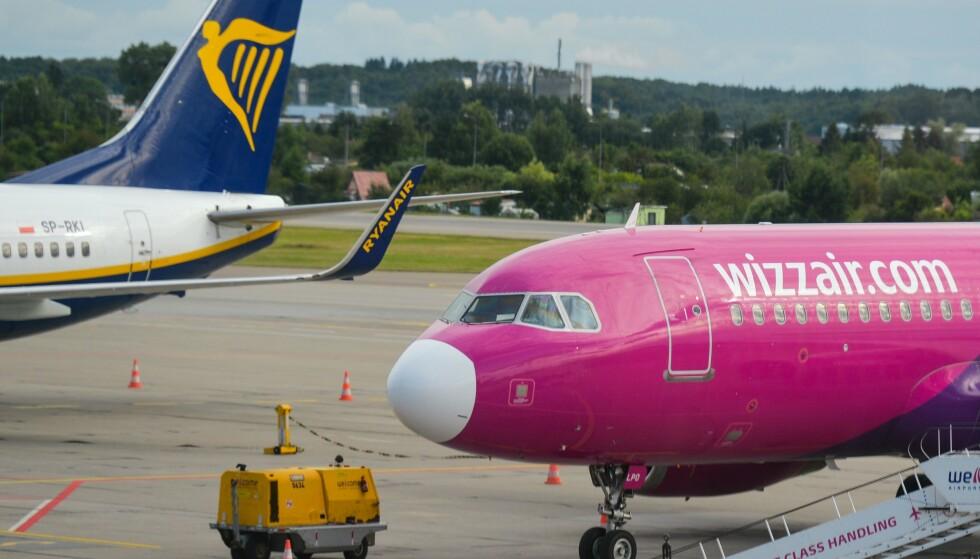 PÅ BUNN: Ryanair og Wizz Air ender helt i bunnen av kåringen av selskap med aller dårligst omdømme. Foto: Widak / NurPhoto / Shutterstock / NTB
