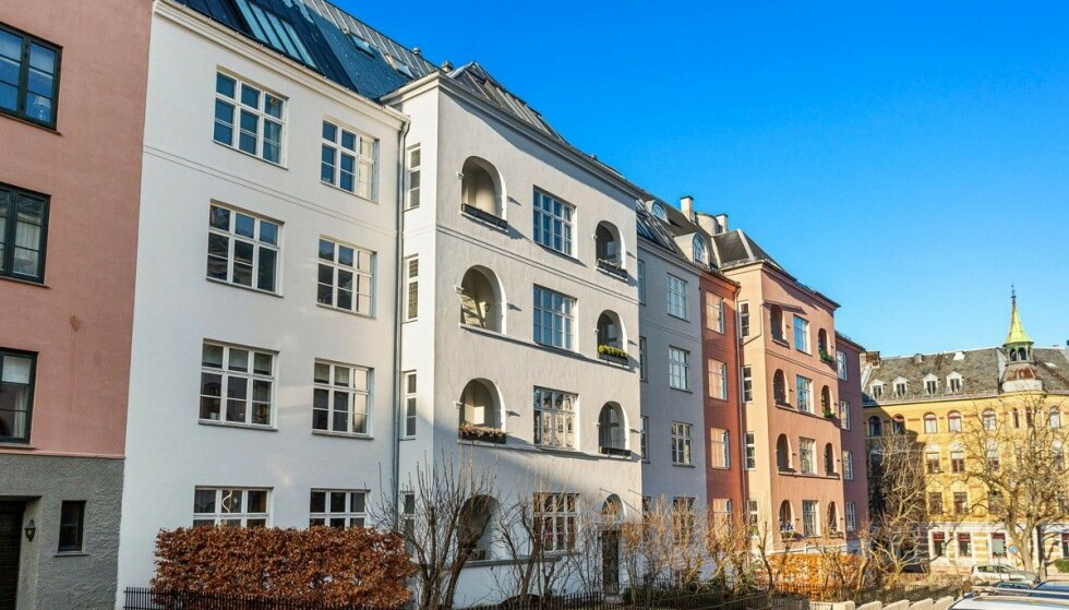 ATTRAKTIVT STRØK: Sissel Kyrkjebø og Ernst Ravnaas selger leiligheten sin på Gimle i Oslo. Paret kjøpte boligen i 2010 - tre år før de giftet seg. Foto: Studio Oslo