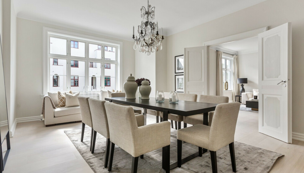 PÅKOSTET: Ifølge eiendomsmekler Fredrik Dyve, har ekteparet investert i store oppgraderinger i løpet av åra. Foto: Studio Oslo