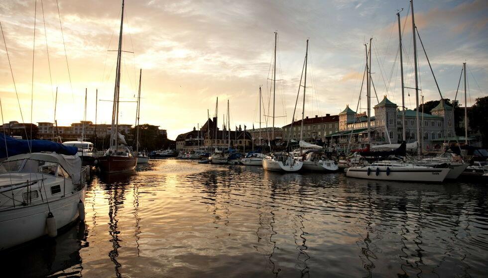SOMMERPARADIS: Næringslivet i «harry»-favoritten Strömstad ligger med brukket rygg. - Uflaks at vi ligger i samme len som Göteborg, sier ordføreren. Foto: Anders Grønneberg / Dagbladet