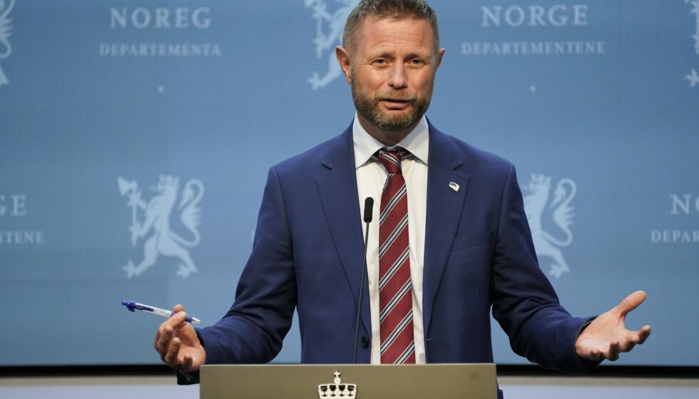 NYHETER: Helse- og omsorgsminister Bent Høie på pressekonferanse om coronasituasjonen onsdag. Foto: Gorm Kallestad / NTB
