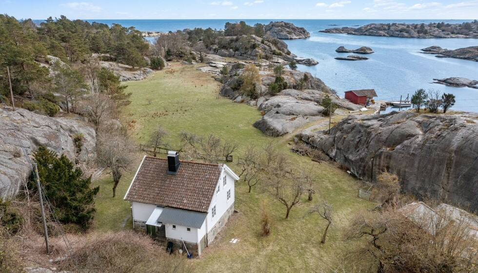 IDYLL: Christoffer Braathen har sikret seg denne kremeiendommen på Hellersøya i Lillesand. Foto: Inviso / Tor Erik Schrøder