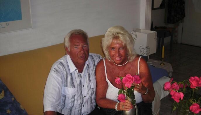 KARANTENEHOTELL: Ekteparet Tore og Grethe Fjeldstad hadde allerede reist til Gran Canaria da kravet om karantenehotell kom i mars. Foto: Privat