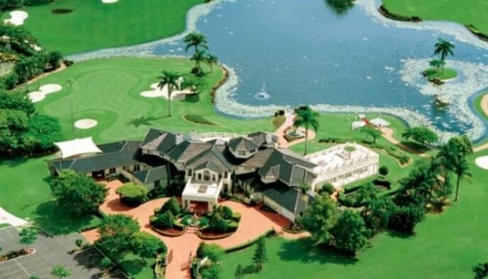 VILLAEN: Slik så villaen ut i sin glanstid. Eieren var japaneren og milliardæren Toshi Ogasawara. Foto: Realestate.com