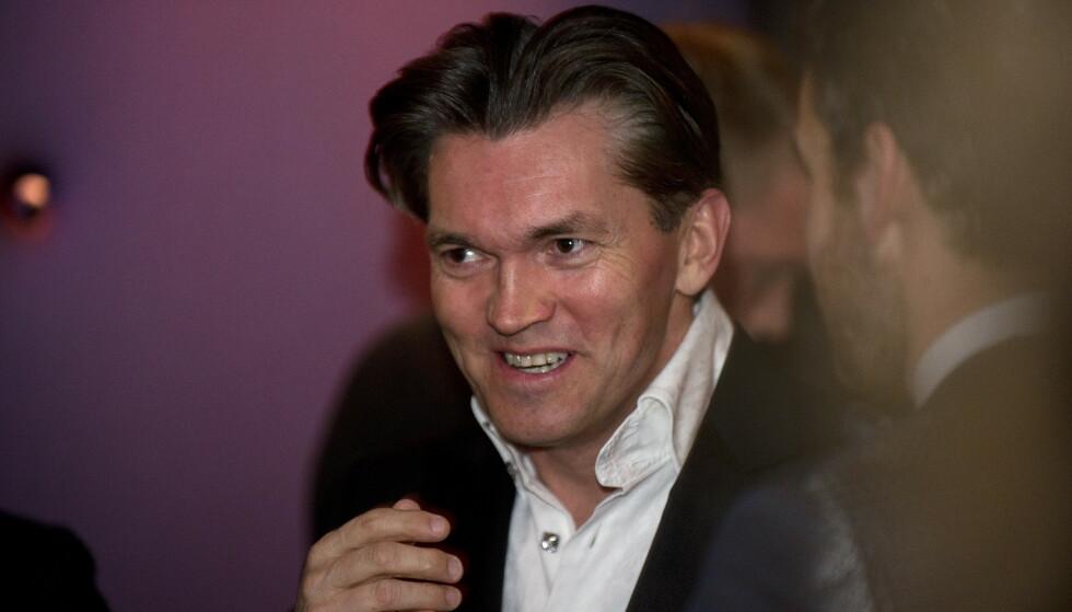 MILLIARDÆR: Arne Fredly bor til vanlig i Monaco, men skal benytte seg av Munkebakken som feriebolig. Nå har han satt opp skilt der det står «privat eiendom» på kinesisk og ni andre språk. Foto: Øistein Norum Monsen / Dagbladet