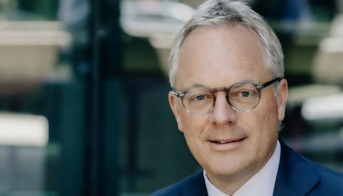 KRITISK: NHO-topp Øystein Eriksen Søreide mener Solberg-regjeringen mangler både en plan og en retning for hvordan de store utfordringene skal løses. Foto: Abelia
