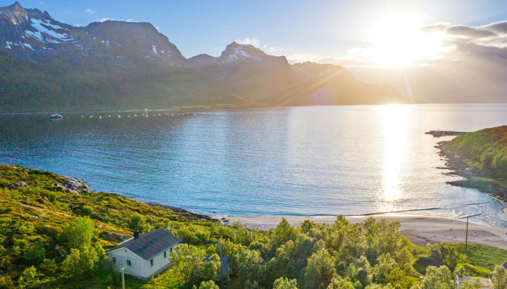 BUDKRIG: Denne Nord-Norge-perlen vakte voldsom interesse. Foto: Steffen Fossbakk / SiktBolig
