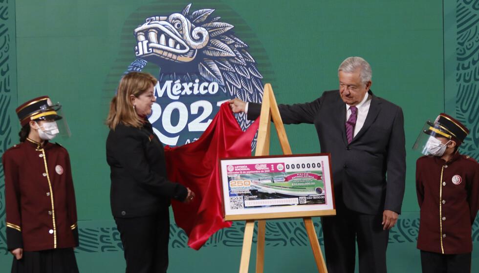 LODDES UT: Totalt loddes det ut eiendom til en verdi av over 110 millioner kroner, hvor alt er konfiskert fra narkobaronen Joaquin «El Chapo» Guzman. Blant eiendelene er sju hus, åtte leiligheter, fem verdipapirer, en ranch og en 20-seters tilskuerboks på Azteca stadium i Mexico city. Foto: Eyepix / NurPhoto/ Shutterstock / NTB