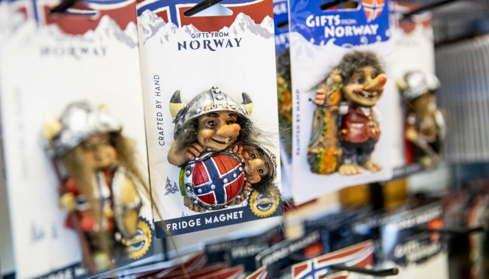 UPOPULÆRT: Under fem prosent av salget til Fjordbuda er nå suvenirer. Foto: Christian Roth Christensen / Dagbladet