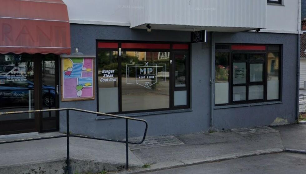 SMITTEUTBRUDD: Flere personer skal ha blitt smittet, etter å ha vært på utestedet Meat Point i Sogndal. Foto: Google Street View.