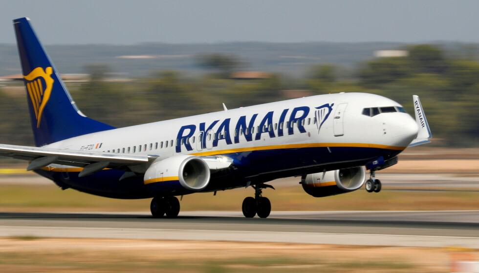 SVARTELISTES: Ryanair setter hardt mot hardt mot kunder som har fått tilbakebetalt penger for flybilletter de ikke brukte. Foto: REUTERS / Paul Hanna / NTB