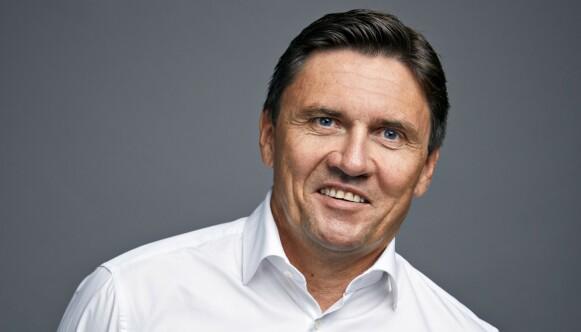 SVARER: Stein Riibe, HR-direktør i Elkjøp Nordic. Foto: Elkjøp
