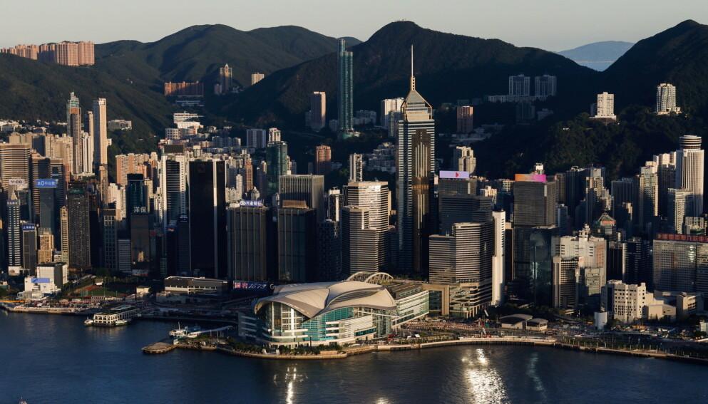 HONG KONG: Byen der den betente familiekonflikten utspiller seg. Foto: Tyrone Siu / Reuters / NTB