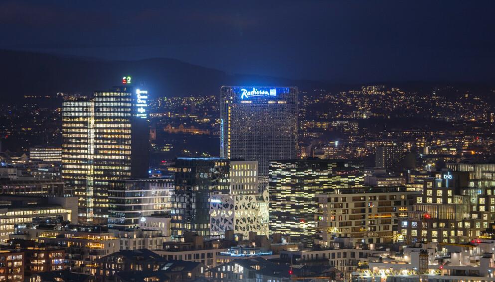 ÅPNING: I helga er det full gjenåpning i Oslo, men bedriftene i reiselivsnæringen har fremdeles en god vei å gå før de er helt oppe og står igjen. Foto: Håkon Mosvold Larsen / NTB