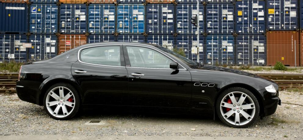 LUKSUSBIL: En Maserati av samme type som dem som ble kjøpt inn til toppmøtet i Papua Ny-Guinea. Foto: Neale Haynes / REX / NTB