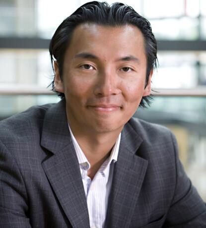 FORVALTER: Olav Chen mener Kiyosaki tegner et bilde av dommedag og at han maler fanden på veggen. Foto: Dagbladet
