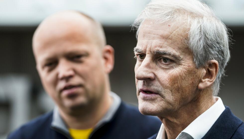 FORHANDLER: Trygve Slagsvold Vedum (Sp) og Jonas Gahr Støre (Ap) sitter i regjeringsforhandlinger på Hurdalsjøen hotell. Foto: Terje Pedersen / NTB