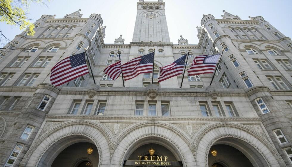 TIL SALGS: Trump-hotellet i Washington D.C., som angivelig skal ha påført Trump-organisasjonen et tap på 70 millioner dollar, har vært til salgs siden 2019. Foto: NTB / Shutterstock