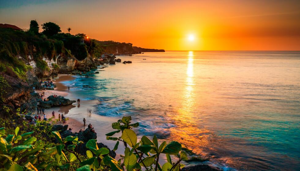 ÅPNER: Etter halvannet år med stengte hoteller og strender forbereder Balis turistindustri seg på en etterlengtet opptur. Foto: Shutterstock / NTB