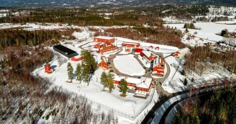 Image: Selger to norske fengsler for millioner