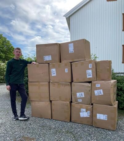 Image: Casper (20) håver inn på egen nettbutikk