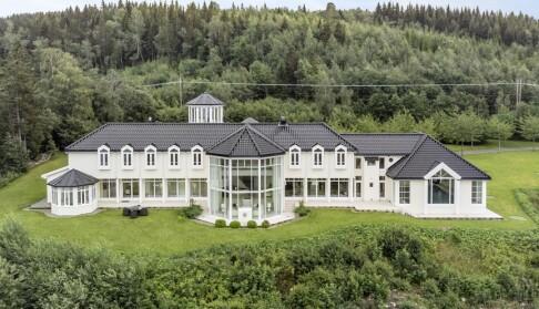 Image: Hurtigmat-konge solgte luksuspalass
